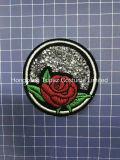 Hongkong topacio de estilo de moda personalizada Rose Hotfix Rhinestones Parches de hierro en Rose (EP-03)