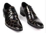 Erstklassige Mann-Kleid-Lederderby-Form-Schuhe
