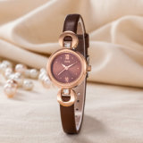 Regarder la personnalisation de la sangle en cuir femme Fashion Watch (Wy-120E)