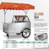 アイスクリームのカートの通り及び浜のアイスクリームのシャーベットのカート