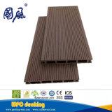 scheda composita di plastica di legno impermeabile Grooved classica di Decking di 20-21mm WPC