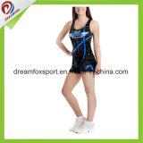 Die kundenspezifischen Sublimation-Cheerleader-Uniformen, die Praxis Cheerleading sind, tragen reizvolle Strumpfhosen