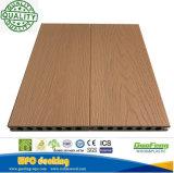 Decking composito decorativo esterno Anti-UV durevole riciclabile di WPC con 3 grani di legno differenti