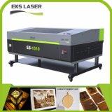 Plate-forme cellulaire chiffon en cuir et gravure de la machine de découpe laser