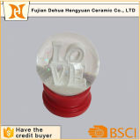 Custom Love Pattern Wedding Souvenirs Polyresin Snow Globe