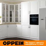 Oppein tradicional en forma de U de PVC blanco de madera modular del gabinete de cocina (OP16-PVC04)