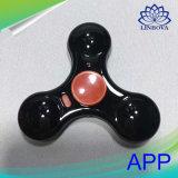 Brinquedos programados controle do esforço do girador da mão do diodo emissor de luz do APP do dedo da inquietação com Bluetooth