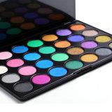 28 fard à paupières de couleurs cosmétique composent la palette d'ombre de l'oeil