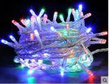 100つのLEDライト、球のクリスマスの照明、屋内/屋外の装飾的なライト、動力を与えられるUSBのテラスの園遊会Xmasの木のクリスマスの照明のための暖かく白いライト