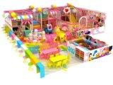 長いスライドの屋内運動場の柔らかい子供の演劇装置の遊園地