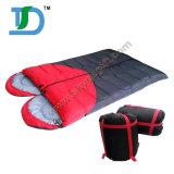 熱い販売の携帯用冬の暖かさのキャンプの寝袋