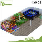 中国の製造者は運動場の子供および大人の障害物コース装置をからかう