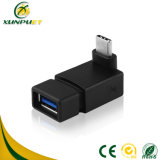 Enchufar el adaptador del Hembra-Varón de la potencia del convertidor de HDMI