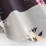 혼합 꽃 줄무늬 인쇄 커트는 곡선 단 t-셔츠를 꿰맨다