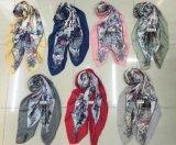 110*110cm型のスカーフのジェイクスの幾何学的なスカーフ