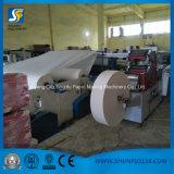 El grabar e impresión automáticos de la máquina el rebobinar del rodillo del papel higiénico