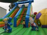 スライドが付いているフットボールの主題の膨脹可能な公園