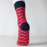 Rote Großhandelswelle gekopierte Socken mit neuem Desgins Zoll