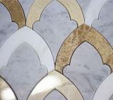 Скачками водоструйная плитка мозаики Carrara белая мраморный для стены