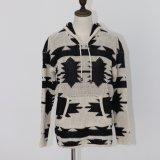 長い袖およびポケットとのゲージのIntarsia重いデザインの女性のHoodieのプルオーバーのジャケット
