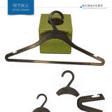 Fancy Sturdy marca personalizada Tip Top Hanger com entalhes
