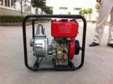 Um auto de 3 polegadas que apronta a bomba de água de esgoto centrífuga da bomba de água da gasolina