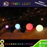 Boule ronde à eau imperméable à l'eau rechargeable à LED