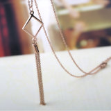 ハイエンド方法宝石類の女性のセーターのふさのペンダントのネックレス