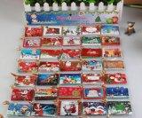 クリスマスのためのさまざまな装飾のグリーティングのタグカード