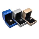 Наиболее востребованных Пластика кожи кольцо подарок украшения отображения поля упаковки оптовая торговля