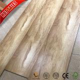 カシ木割引積層物のフロアーリング