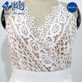 Weiß Aushöhlendes-heraus reizvolle V-Stutzen dünne Form-mittleres Kleid mit Schultergurten