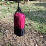 Rosafarbene Farbe saugfähig und schnelles trocknendes Tuch mit Nettobeutel