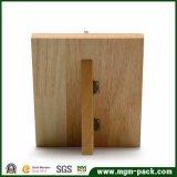 Support pendant en bois fait sur commande d'étalage