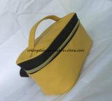 Colore portatile di cuoio di colore giallo del sacchetto della signora Makeup Bag Promotion Cosmetic dell'unità di elaborazione del reticolo trasversale