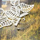 Ожерелье чокеровщика шнурка нового способа конструкции ультрамодного Handmade белое