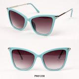 Óculos de sol novos de Cateye das mulheres com templo do metal