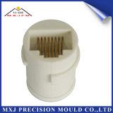 Peça plástica personalizada do molde do molde da injeção da precisão eletrônica do conetor elétrico