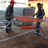 PVC 입히는 주황색 색깔 체인 연결 군중 통제 방벽 담