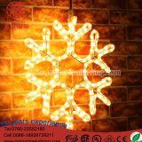 LEDの照明雪片の豆電球の暖かいホワイトクリスマスXmasの木の装飾