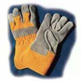 自然な色の皮手袋