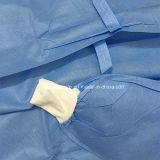 外科のためのStelizedの使い捨て可能なNonwoven医者手術衣