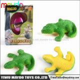 魔法のトカゲの工夫卵成長するペットは誕生日の昇進のギフトのおもちゃをからかう