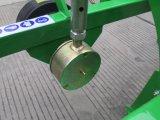 1명의 줄 작은 감자 파는 기계 감자 갱부 (AP90)