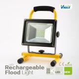 년 보장 높은 Brightness&Capacity 1개 LED 재충전 투광램프