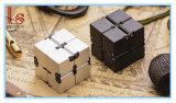 2017 новых игрушек пластика до бесконечности Fidget Magic Cube