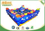 Equipo de pesca de la piscina de la pesca del parque de atracciones para los cabritos preescolares