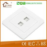 Gemaakt in de Output van de Contactdoos van Internet van de Computer van China en van de Contactdoos van Tel.