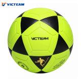 Яркий покрашенный водоустойчивый дневной шарик футбола