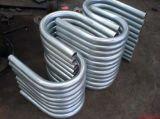 El tubo de acero inoxidable de forma curva